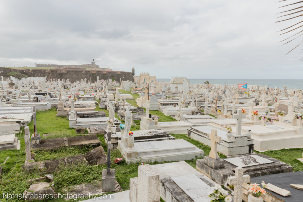 Cemetery with view of El Morro